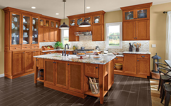 Cherry kitchen in praline kraftmaid for Cherry vs maple kitchen cabinets