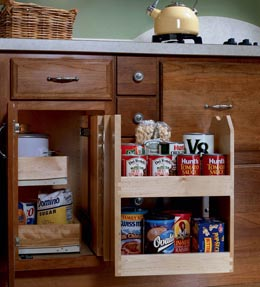 Base Blind Corner with Swing-out Pantry
